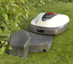 Kosiarka automatyczna Honda Miimo - samoczynne ładowanie akumulatora